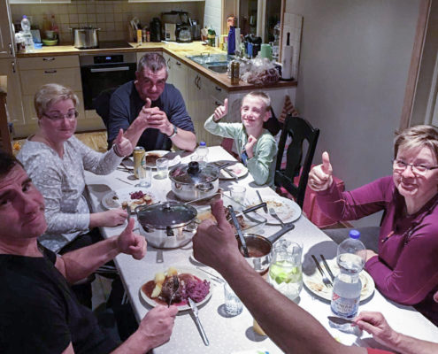 Abendessen mit Freunden 6